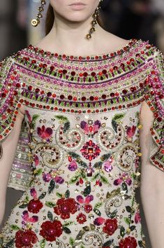 New embroidery floral fashion haute couture ideas Couture Details, Fashion Details, Fashion Design, Couture Ideas, Embroidery Fashion, Embroidery Dress, Formal Dresses For Women, Modest Dresses, Couture Fashion