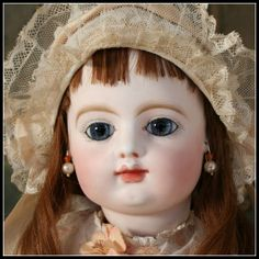 I find dolls kinda disturbing - they stare at you constantly! lol