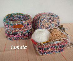 ~DÍLNA jamala~: Nedá pokoj s těmi košíky Laundry Basket, Wicker Baskets, Knitting, Crochet, Home Decor, Chrochet, Homemade Home Decor, Tricot, Breien