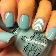 chevron light blue and white nail art design