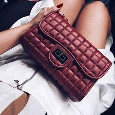 . . . #instabgs #instatags4likes #instagramers #post #moda #look #makeup #saia #lookdodia #estilo #decoração #decor #fashion #panelaobgs #receita #inxtalove #love #blogpausapc #youtuber #canal #diy #facavocemesmo #youtube #unhas #brasil by blogpausapc http://ift.tt/27AFPvt
