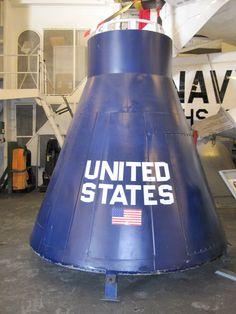 Gemini Boilerplate – replica of a Gemini capsule