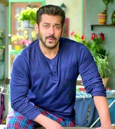 Salman Khan attitude pictures collection & handsome look - Life is Won for Flying (wonfy)