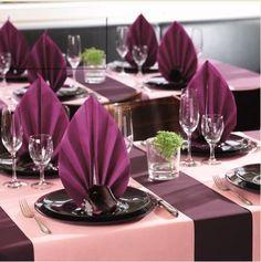 50 Servietten, stoffähnlich, Airlaid 1/4-Falz 40 cm x 40 cm aubergine lila für Hochzeit und besondere Anlässe