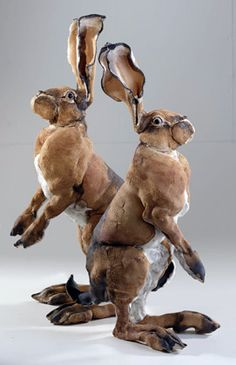 Ceramics by Elaine Peto at Studiopottery.co.uk - 2 small hares back, 2008.