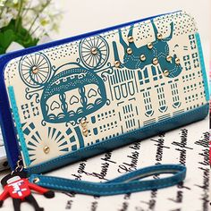 $3.99 with promo code fmyG16!  Free shipping! Blue Vintage Wristlet, 80.4% discount @ PatPat Mom Baby Shopping App.   Use promo code  fmyG16 for $5 off!  If link doesn't work, download the PatPat app or visit PatPat.com.