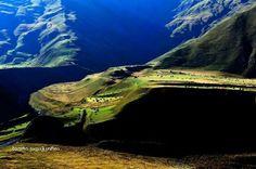 By Badri Vadachkoria. Georgia Country, Ancient Civilizations, Georgian, Mountains, Places, Nature, Travel, Nostalgia, Naturaleza