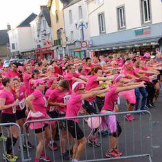 AGISSONS ENSEMBLE CONTRE LE CANCER DU SEIN avec l'association SINOO (sensibiliser au cancer du sein et son dépistage, et d'accompagner les femmes concernées) Le RDV sportif, humain, Solidaire organisé dans le cadre d'Octobre Rose (mois international dédié à la sensibilisation et la prévention au cancer du sein) Pink October, Breast Cancer, Frames, Athlete