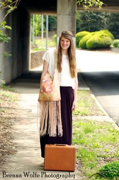 Hippie style with vintage recycled bag by Lucy2s. #boho, #hippie, #hippiestyle, #hipster, #hipsterhippie, #vintage, #recycled, #lucy2s, #luxe, #fringe