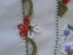 This Pin was discovered by Zey Crochet Necklace, Brooch, Create, Youtube, Napkins, Tulle, Scarves, Brooches, Youtubers