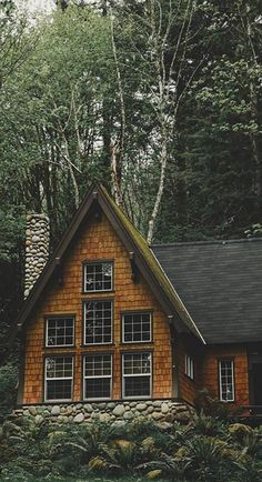 Small enough to be considered a cabin, but large enough to hold the whole family and friends. Secluded and refined. Got to love the pitch of that roof. Cozy Cabin, Cozy House, Cabins In The Woods, House In The Woods, Cabin Homes, Log Homes, A Frame Cabin, Second Empire, Cabins And Cottages