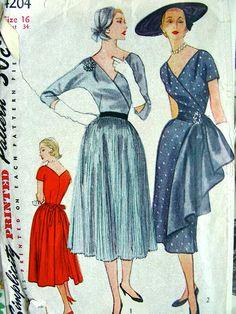 Simplicity 4204 circa 1953 Dress with Detachable Apron and Sash