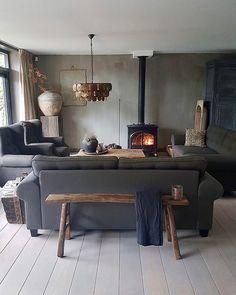 De woning van @soberbywilma heeft een totale metamorfose ondergaan, met een prachtig resultaat! Laat je inspireren en kom binnenkijken op www.dewemelaer.nl!  New interior pictures online! Translation button on the website  Link in bio! Be inspired! :) #indoor #interior #landelijkestijl #instadeco #interieur #home #woonblog #stoerwonen #classyinteriors  #inspirate #homedetails #landelijkwonen #instahome #interiordecor #landelijkinterieur #interiorhome #stoerensober #interior #de...