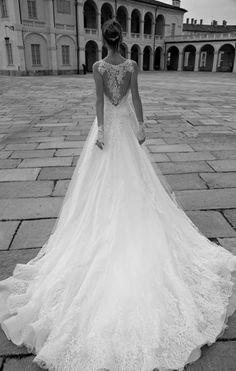 Abito sposa Alessandra Rinaudo 2016