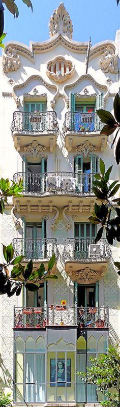Casa Teresa Bordas  1902  Architect: Francesc Ferriol i Carreras