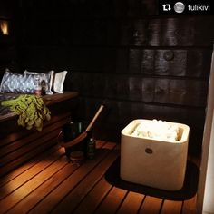 Kaunis Kuura 2 -kiuas on esittelyssä TaloTalossa Valmistulen laajassa näyttelyssä, tervetuloa ihastelemaan! Tässä kuvassa Kuura 2 lämmittää Seinäjoen Asuntomessuja. #asuntomessut2016 #tulikivi #valmistuli #talotalo @talotalovantaa #rakentaminen #remontointi #sisustaminen #sauna #kiuas #kuura #syksy #lokakuu #kylpyhuone #decor #inspiration #autumn #scandinavian