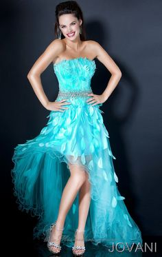 If i only had somehwere to wear this! <3