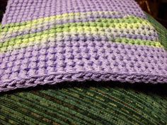 Crochet~ How to make Double Thick Single Crochet Potholders ~ Free Pattern . - Crochet~ How to make Double Thick Single Crochet Potholders ~ Free Pattern - Crochet Potholder Patterns, Crochet Quilt, Crochet Home, Crochet Stitches, Free Crochet, Knit Crochet, Crochet Things, Crochet Bags, Easy Crochet