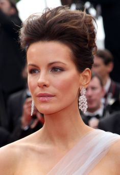 kate beckinsale updo hairstyles | Kate-Beckinsale-updo-volume-hairstyle-Cannes-Film-Festival.jpg