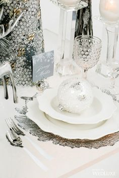 WedLuxe – The Ice Queen: Winter Wedding Wonderland Inspiration | Photography By: Crystal Hahn Photography Follow @WedLuxe for more wedding inspiration!