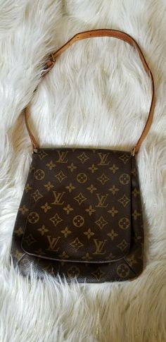 56b6bd223b7d Louis Vuitton shoulder bag musette salsa Monogram M51258 (27157 ...