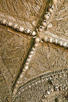 The Chapel of Bones (Capela dos Ossos), Campo Maior, Portugal (4) by nhojuonah, via Flickr