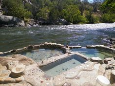 CA: Remington Hot Springs, W of Kernville & Lake Isabella, along Kern R in the Lower Kern Cyn Gorge, SW part of Sequoia NF