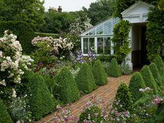 wpid4777-Front-Garden-Design-GSTG004-nicola-stocken.jpg