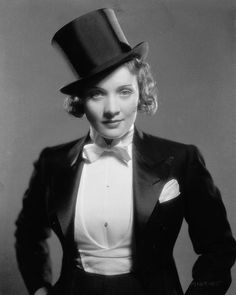 Marlene Dietrich making her Hollywood film debut as the tuxedo clad Amy Jolly in the film 'Morocco', directed by Josef von Sternberg. Get premium, high resolution news photos at Getty Images Hollywood Vanity, Old Hollywood Style, Vintage Hollywood, Classic Hollywood, In Hollywood, Hollywood Glamour, Hollywood Actresses, Marlene Dietrich, Caroline Reboux
