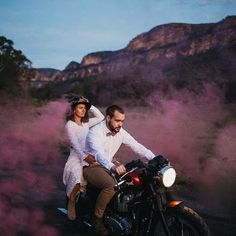 How cool is this color smoke bomb wedding send-off?!