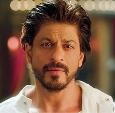 Lovely Shahrukh 🖤 You Are My Soul.I Dont Live. Thanks Shahrukh. Happy New Year 2014, Happy New Year Quotes, Shah Rukh Khan Quotes, You Are My Soul, Indian Star, King Of Hearts, Face Photo, Dark Eyes, Aishwarya Rai