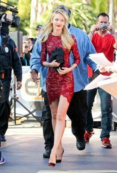 Celebrity Street Style: #CandiceSwanepoel  #fashion #FashionOne