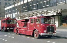 Old Police Cars, Firemen, Fire Apparatus, Emergency Vehicles, Firefighting, Fire Engine, Coaches, Fire Trucks, Ladder