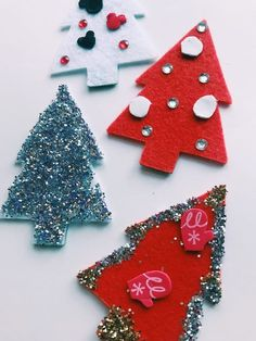 Tutorial for easy DIY felt Christmas tree ornaments. Your kids will love decorating a handful of these Felt Christmas Ornaments to use as decor or gifts.