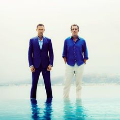 Tom Hiddleston and Hugh Laurie, The Night Manager. Love these guys! This series has helped me wait through the Sherlock hiatus! Can't wait for next season, because I will be on a new and longer hiatus! Thomas William Hiddleston, Tom Hiddleston Loki, Gorgeous Men, Beautiful People, Mejores Series Tv, Hugh Laurie, Nerd, Tv Guide, Film Serie