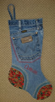 christmas stocking - i like the idea of the pocket on: the front, you can leave a santa treat in it :)