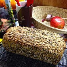 Prueben este pan integral básico hecho con levadura para quienes aún le temen a la masa madre. Pan Bread, Bread Cake, Pan Dulce, Sin Gluten, Cakes And More, Healthy Desserts, Cooking Time, Tapas, Bakery
