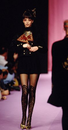 Christy Turlington: Christian Lacroix, 1994