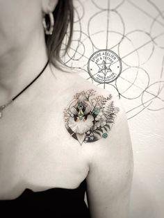Depuis son studio de Forcalquier, Marie Roura vous montre les 23 photos de ses derniers tatouages
