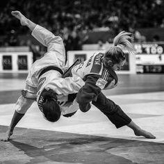 Automne Pavia by margouillat, via Muay Thai Martial Arts, Korean Martial Arts, Martial Arts Workout, Martial Arts Training, Martial Arts Women, Mixed Martial Arts, Boxing Workout, Systema Martial Art, Martial Arts Quotes