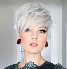 Haircut Styles For Women, Short Haircut Styles, Short Hair Cuts For Women, Short Hairstyles For Women, Funky Short Hair Styles, Style Short Hair Pixie, Super Short Pixie, Curly Pixie, Amazing Hairstyles