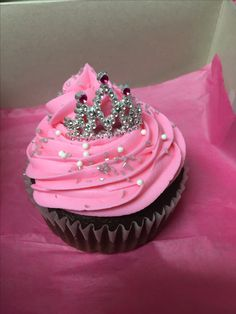 Big princess cupcake