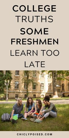 College Freshman Tips, Girl College Dorms, College Life Hacks, Scholarships For College, Education College, Physical Education, Kendall College, College Guide, College Success