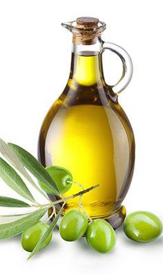 """""""Избришете"""" ги брчките со маслиново масло  Навечер масирајте го лицето 30 секунди со 10ml маслиново масло. Во него можете да додадете и малку масло од лавандула ако имате зацрвенета кожа. Измијте со топла вода."""