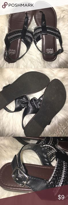 Black & silver Sandals Perfect condition and very comfy! These woven black and silver sandals have only been worn once and are super cute!  { I'm a fast shipper & live in a smoke free home Faded Glory Shoes Sandals