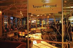Google Image Result for http://capetowncreatives.co.za/blog/wp-content/uploads/2010/09/Veuve-Clicquot.jpg
