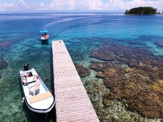 view from the overwater sunbathing/star gazing deck