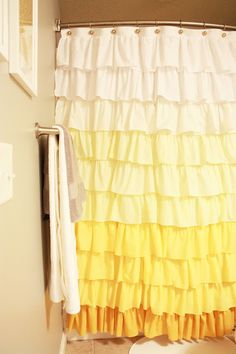 Elle Apparel: Anthropologie Ruffle Shower Curtain Tutorial I will probably never do this. It says it is tedious to do AND I have shower doors. Ruffle Shower Curtains, Diy Curtains, Window Curtains, Bathroom Curtains, Curtain Fabric, Anthropologie Diy, Curtain Tutorial, Diy Tutorial, Head Boards