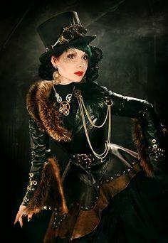 Una Lolita costurera: Camino del Aurum Masquerade 7ª entrada: más inspiración para las mujeres