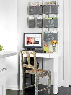 If you have 5 minutes: Take a quick glance at the place where you stash all your important reminders, such as a bulletin board, magnet board, or refrigerator. Pull down anything that you immediately see as outdated or no longer needed. If you have 10 minu Office Interior Design, Bathroom Interior Design, Home Office Decor, Office Interiors, Diy Home Decor, Command Center Kitchen, Command Centers, Kitchen Desks, Kitchen Office
